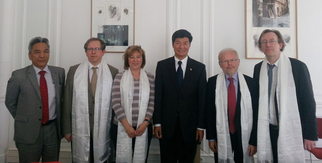 French MPs spotlight on Tibet issue as President Xi visits France