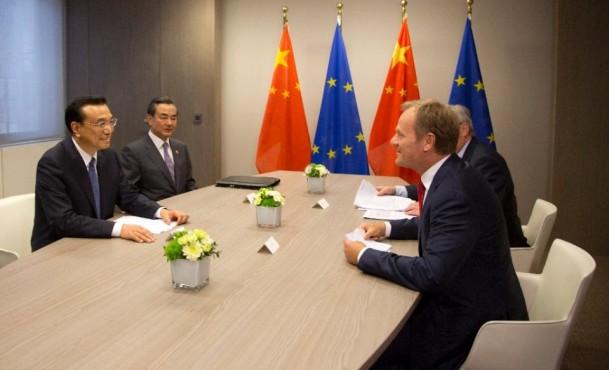 Tusk urges China to restart Dalai Lama representatives talks