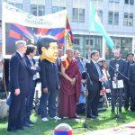 Top EU official calls for China-Tibet talks